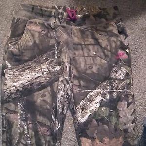 Mossy Oak  Camoflauge/Pink Sweat Pants SZ Lg